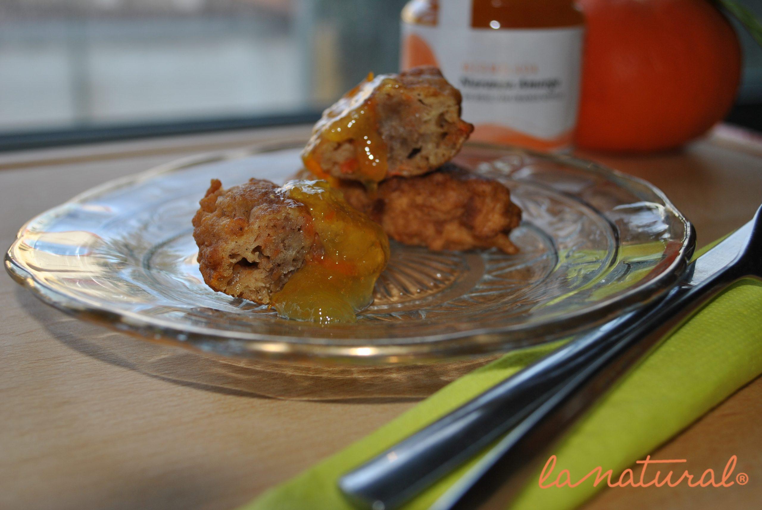 Torrijas de zanahoria y manzana con mermelada de naranja amarga